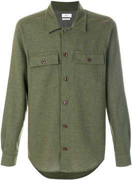 Closed pocket detail shirt