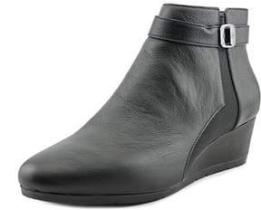 Giani Bernini Celinaa Women W Open Toe Leather Black Wedge Heel.