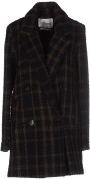 Essentiel Coats