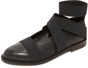 Ld Tuttle The Resist Strap Flats