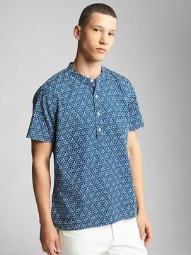 Gap Short Sleeve Half-Button Shirt in Chambray