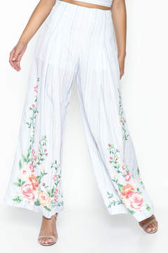 Flying Tomato Floral Printed Pants