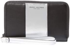 Marc Jacobs Women's Phone Wristlet