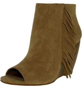 Ariat Women's Unbridled Jaycee Leather Taupe Ankle-High Boot - 7M