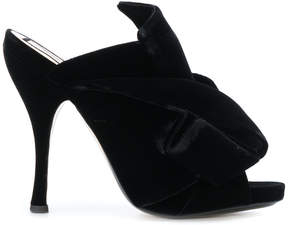 No.21 bow mules