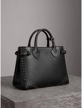 Burberry The Medium Banner in Riveted Border Leather - BLACK - STYLE