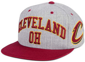 Mitchell & Ness Cleveland Cavaliers Side Panel Cropped Snapback Cap