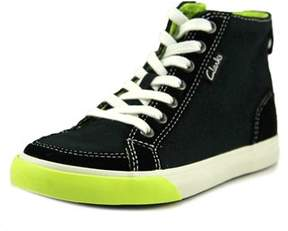 Clarks Club Pop W Canvas Fashion Sneakers.