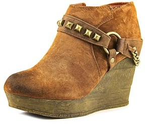 Sbicca Cressida Women Round Toe Leather Ankle Boot.