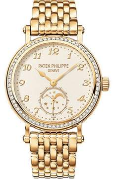 Patek Philippe 18K Yellow Gold with Silvery-White Dial 33mm Womens Watch