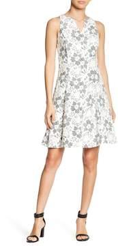 Donna Ricco Blonde Lace Dress