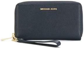 MICHAEL Michael Kors Mercer smartphone wristlet - BLUE - STYLE