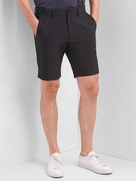 Gap GapFit 10 Hybrid Khaki Shorts