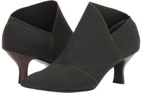 Adrianna Papell Hayes Women's Shoes