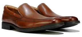 Clarks Men's Tilden Free Medium/Wide Slip On