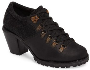 Woolrich Women's Cascade Range Oxford Pump