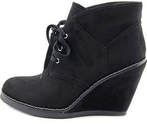Zigi Womens Karline Closed Toe Ankle Platform Boots.