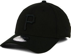 New Era Pittsburgh Pirates Black on Black Classic 39THIRTY Cap