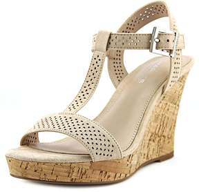 Charles David Charles By Law Womens Sandals