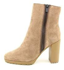Elie Tahari Womens Geneva Almond Toe Ankle Fashion Boots.