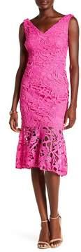 Alexia Admor V-Neck Lace Peplum Hem Dress