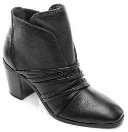 Bernardo Felicity Leather Booties