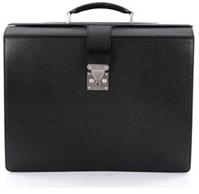Louis Vuitton Pre-owned: Pilot Briefcase Taiga Leather. - BLACK - STYLE
