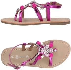 Miss Blumarine Toe strap sandals