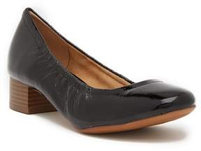 Naturalizer Adeline Pump - Wide Width Available