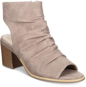 White Mountain Deering Block-Heel Sandals Women's Shoes