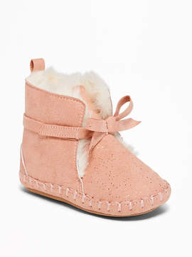 Old Navy Sueded Sherpa-Lined Booties for Baby