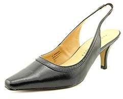 Karen Scott Womens Benedict Closed Toe Slingback Classic Pumps.