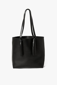 Shopper with Tassel Detail