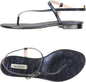 Sarah Jessica Parker Toe strap sandals
