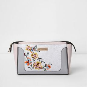 River Island Womens White floral embroidered make up bag