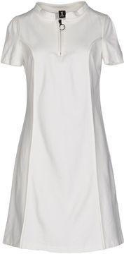1 One 1-ONE Short dresses
