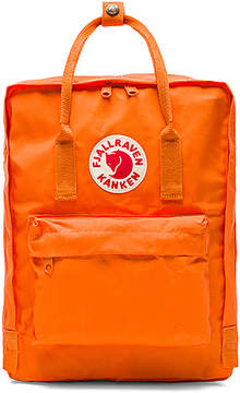 Fjallraven Kanken in Orange.