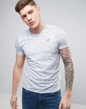 Hollister Slim Fit V Neck T-Shirt Seagull Embroid Logo in White Marl