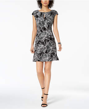 Connected Floral-Print Keyhole Dress