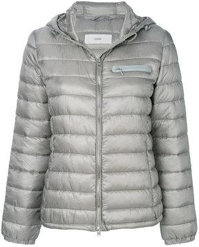 Closed padded jacket