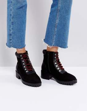 New Look Contrast Lace Up Hiker Boot