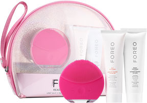 Foreo Ready To Glow Collection