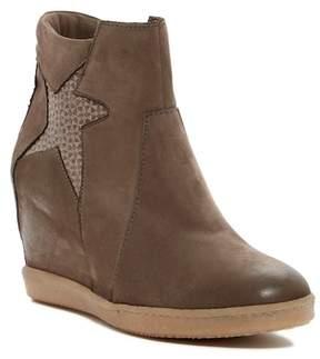 Miz Mooz Avi Wedge Sneaker