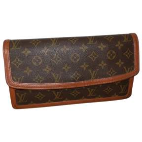 Louis Vuitton Pochette Monogramme cloth clutch bag - BROWN - STYLE