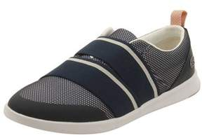 Lacoste Women's Avenir Slip 218 1 Sneaker.