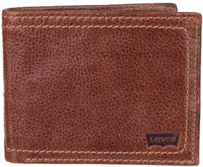 Levi's Men's Leather Traveler Wallet