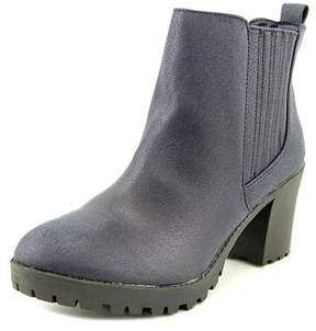 Material Girl Womens Nina Almond Toe Ankle Fashion Boots.