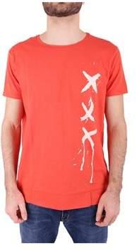 Scotch & Soda Men's Red Cotton T-shirt.