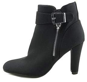 Unisa Womens Rowen Almond Toe Ankle Fashion Boots.