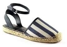 Sam Edelman Womens Vivian Closed Toe Casual Slide Sandals.
